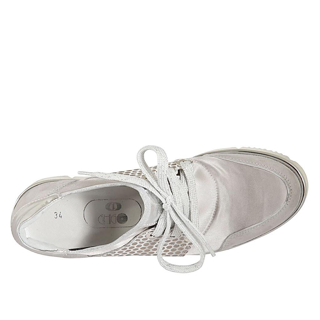 6f5685172 Chaussure à lacets pour femmes en daim et daim imprimé gris, cuir ...