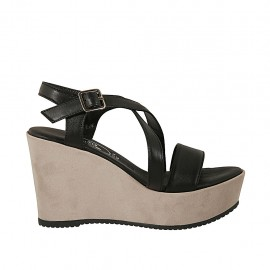 Sandalo da donna con cinturino incrociato e plateau in pelle nera e camoscio beige zeppa 9 - Misure disponibili: 42, 43, 46