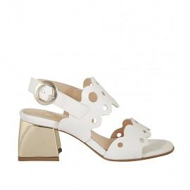 Sandalia para mujer en piel perforada blanca tacon 5 - Tallas disponibles:  32, 46