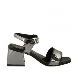 Sandalia para mujer con cinturon y botón en charol gris acero tacon 5 - Tallas disponibles:  31, 32, 33, 34, 42, 43, 44, 45, 46