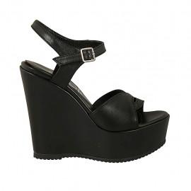 Sandalia para mujer en piel negra con cinturon, plataforma y cuña 12 - Tallas disponibles:  31, 32, 33, 34, 42, 43, 44