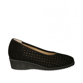 Woman's pump with removable insole in black suede and pierced suede wedge 4 - Available sizes:  31, 32, 34, 42, 43, 44, 45