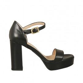 Escarpin à bout ouvert avec courroie pour femmes en cuir noir avec plateforme et talon 9 - Pointures disponibles:  34, 43, 45