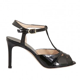 Sandale pour femmes en cuir verni noir avec courroie talon 8 - Pointures disponibles:  31, 32, 33, 34, 42, 43, 44, 45
