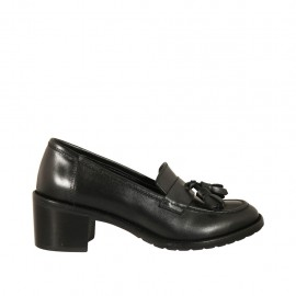 Woman's mocassin with tassels in black leather heel 5 - Available sizes:  32, 33, 34, 42, 43