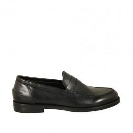 Mocassin pour femmes en cuir noir talon 2 - Pointures disponibles:  32, 33