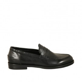 Woman's loafer in black leather heel 2 - Available sizes:  32, 33