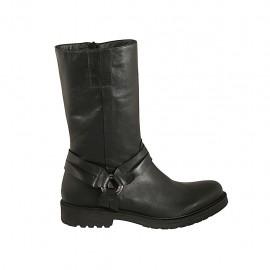 Bottes pour femmes avec fermeture éclair et accessoire en cuir de couleur noir talon 3 - Pointures disponibles:  42, 43, 44, 45, 46