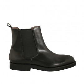 Bottines pour hommes en cuir lisse noir et avec élastiques latérales - Pointures disponibles:  46, 47, 48, 49, 50, 51
