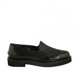 Damenmokassin mit Gummiband aus schwarzem Leder und Lackleder Absatz 3 - Verfügbare Größen:  33, 34, 43, 44, 45