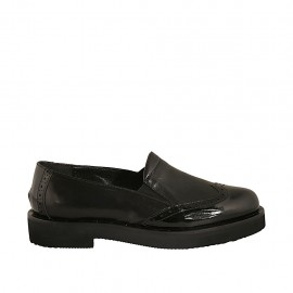 Woman's mocassin with elastic bands in black leather and patent leather heel 3 - Available sizes:  33, 34, 43, 44, 45
