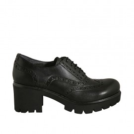 Woman's laced shoe in black leather heel 5 - Available sizes:  34, 43, 44, 45