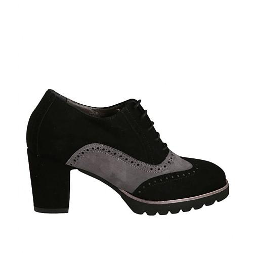 gran descuento 075f7 7e51e Zapato oxford para mujer con cordones y plataforma en gamuza negra y gris  tacon 7