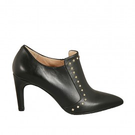 Woman's highfronted pointy shoe with zipper and studs in black leather heel 7 - Available sizes:  42