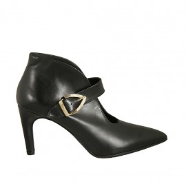 Woman's highfronted pointy shoe with buckle in black leather heel 7 - Available sizes:  33, 34, 42, 43, 45, 46