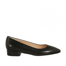 Woman's pointy pump in black leather heel 2 - Available sizes:  32, 33, 34, 43, 44