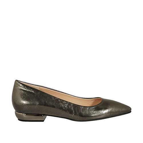 Zapato de salon a punta para mujer en charol bronce de cañon tacon 2 - Tallas disponibles:  43, 44, 45