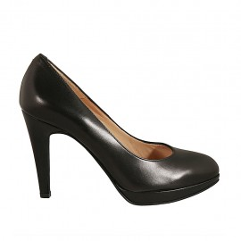 Woman's platform pump in black leather heel 9 - Available sizes:  31