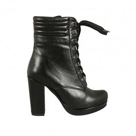 Bottine à lacets avec plateforme pour femmes en cuir noir talon 10 - Pointures disponibles:  31, 32, 33, 34
