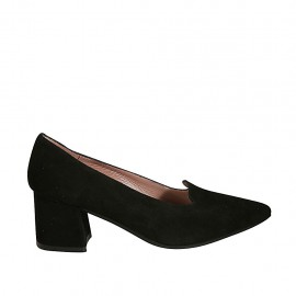 Woman's highfronted and pointy shoe in black suede heel 5 - Available sizes:  32, 33, 34, 44, 45