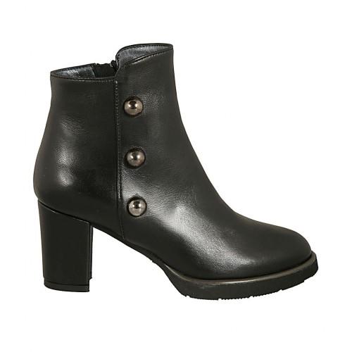 Damenstiefelette mit Reißverschluss und Nieten aus schwarzem Leder Absatz 7 - Verfügbare Größen:  44