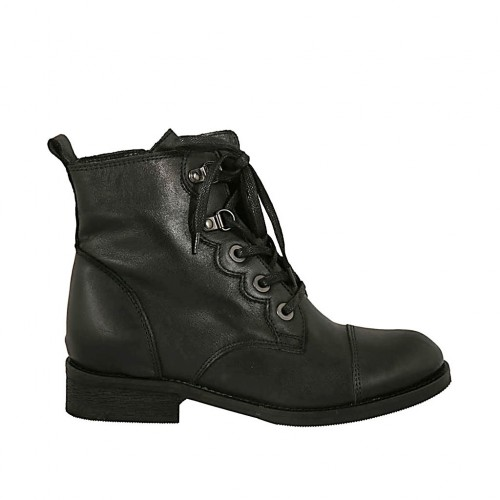 Woman's laced boot with zipper and captoe in black leather heel 3 - Available sizes:  32, 34