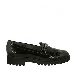 Woman's mocassin with fringes and chain in black patent leather heel 3 - Available sizes:  42, 43, 44, 45