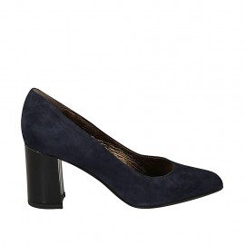 Woman's pointy pump in blue suede heel 7 - Available sizes:  33, 34, 43, 45