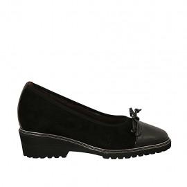 Zapato de salon para mujer con moño y plantilla extraible en charol y gamuza negra cuña 4 - Tallas disponibles:  31, 32, 42, 43, 44, 45