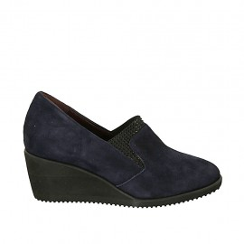 Woman's highfronted shoe with elastics and removable insole in blue suede wedge heel 5 - Available sizes:  43, 44