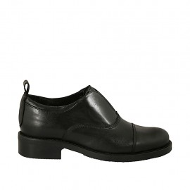 Woman's highfronted shoe in black leather heel 3 - Available sizes:  33, 34, 42, 43, 44, 45