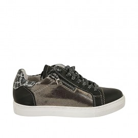 Zapato con cordones, cremallera y plantilla extraible en piel negra, moteada y laminada taupe cuña 2 - Tallas disponibles:  33, 45