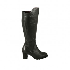 Woman's boot with zipper, elastic and removable insole in black leather heel 5 - Available sizes:  42, 43, 45
