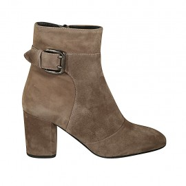 Woman's ankle boot with zipper and buckle in sand-colored suede heel 7 - Available sizes:  42, 43, 45