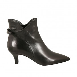 Woman's pointy ankle boot with zipper and bow in black leather heel 6 - Available sizes:  33