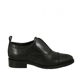 Woman's highfronted pointy shoe in black leather heel 3 - Available sizes:  33, 34, 42, 43, 44