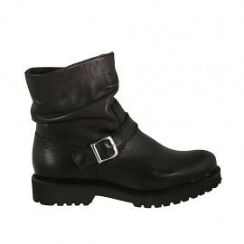 Damenstiefelette mit Schnalle und Reißverschluss aus schwarzfarbigem Leder Absatz 3 - Verfügbare Größen:  32, 34, 45