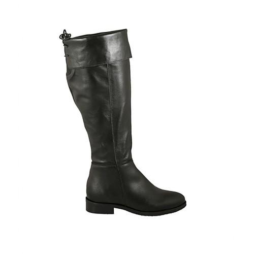 Stivale a punta da donna in pelle nera con risvolto, elastico, laccio e cerniera tacco 3 - Misure disponibili: 34, 45