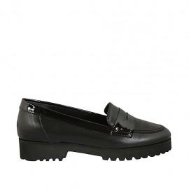 Damenmokassin aus schwarzem Leder und Lackleder Absatz 3 - Verfügbare Größen:  32