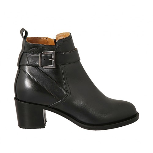 Woman's ankle boot with buckle and zipper in black leather heel 5 - Available sizes:  33