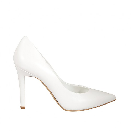 Woman's pointy pump shoe in white leather heel 9 - Available sizes:  31, 32, 33, 34, 42, 43, 44, 45, 46