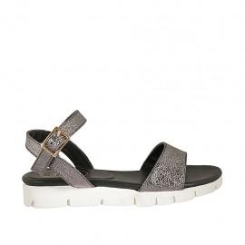 Sandale pour femmes en cuir lamé plombé avec texture de pierre, courroie et talon compensé 2 - Pointures disponibles:  33, 34, 42, 43, 44, 46, 47