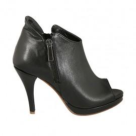 Chaussure ouvert en cuir noir avec fermetures éclair, plateforme et talon 9 - Pointures disponibles:  32, 33, 34, 42, 43, 45, 47