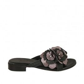 Sabo para mujer con flor en piel laminada gris y piel estampada negra tacon 2 - Tallas disponibles:  32, 33, 34, 42, 43, 44, 45
