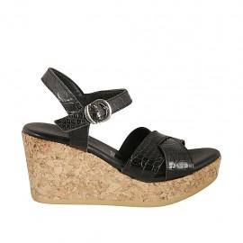 Sandale pour femmes en cuir imprimé noir avec courroie, plateforme et talon compensé 7 - Pointures disponibles:  32, 33, 34