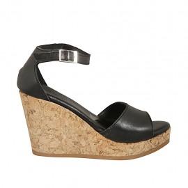 Zapato abierto para mujer con cinturon y plataforma en piel negra cuña 9 - Tallas disponibles:  32, 33, 34