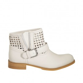 Woman's ankle boot with buckle and zipper in cream-colored leather and pierced leather heel 3 - Available sizes:  42, 43, 44, 45
