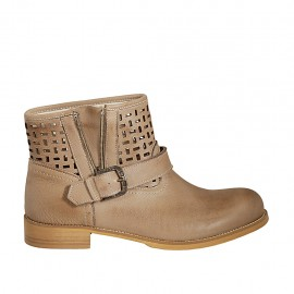Woman's low ankle boot with buckle and zipper in beige leather and pierced leather heel 3 - Available sizes:  42, 43, 44, 45