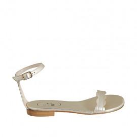 Chaussure ouverte pour femmes avec courroie en cuir lamé platine talon 1 - Pointures disponibles:  33, 34, 42, 43, 44, 45