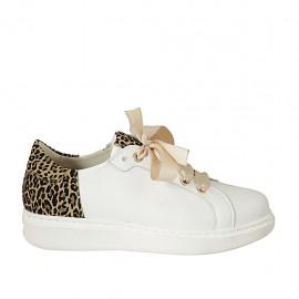 Chaussure pour femmes à lacets avec semelle amovible en cuir blanc et daim imprimé tacheté talon compensé 2 - Pointures disponibles:  34, 42, 43, 44, 45, 46